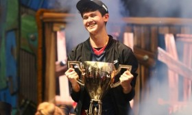"""Американски тинејџер победи на """"Fortnite"""" и стана милионер"""