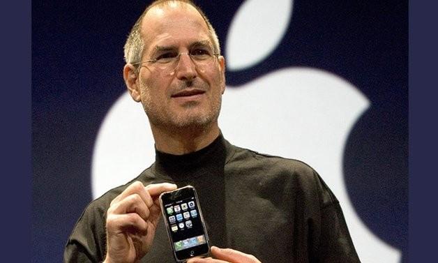 Од 2007 до сега се продадени 1 2 милијарди iPhone единици