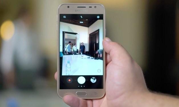 Galaxy J3  2017   Премиум телефон за сечиј џеб