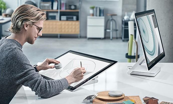 Microsoft го претстави фенси компјутерот Surface Studio