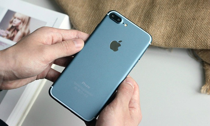 Apple го објави iOS 10.1, iPhone 7 Plus го добива Portrait модот